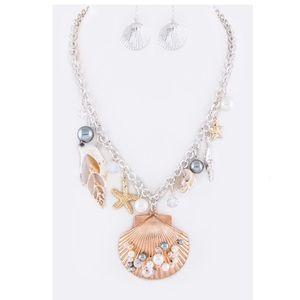 Mix Shell Charms Necklace Set